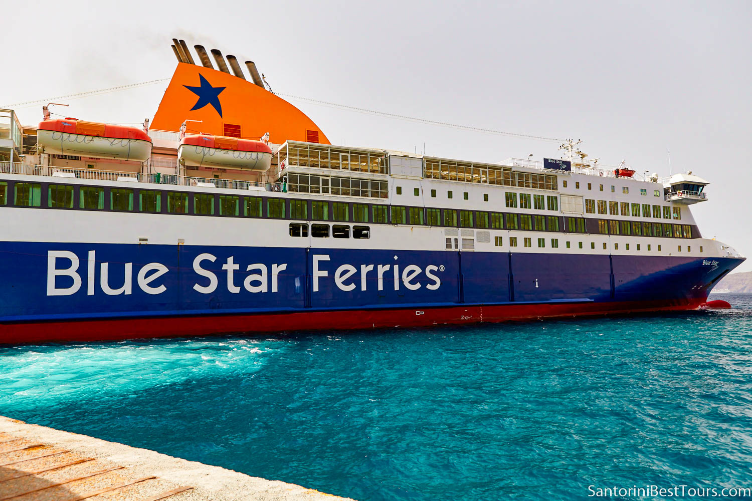 Ferry from Athens to Santorini - Blue Star Ferries
