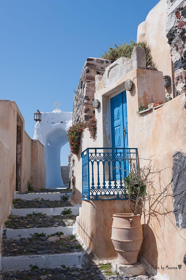 Amazing Pyrgos village. The fortified village in Santorini, Greece