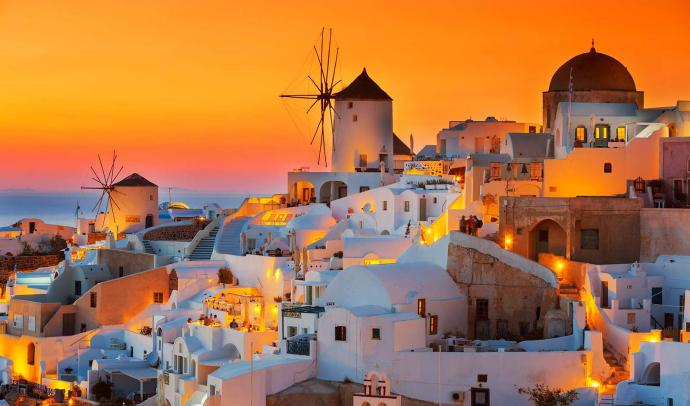 Considering a Private Tour in Santorini