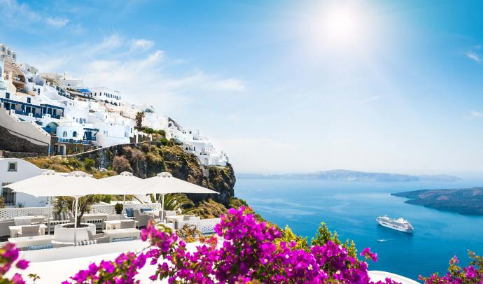 How Many Days Should You Spend in Santorini?